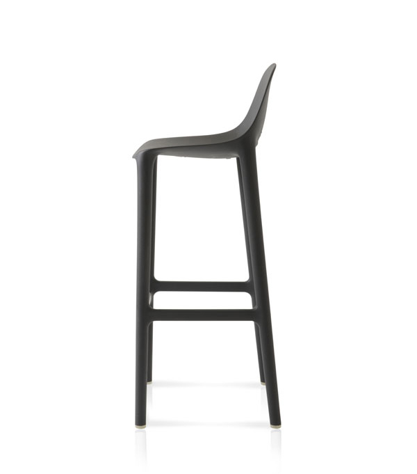 03.Emeco_Broom_Bar_Darkgrey_side