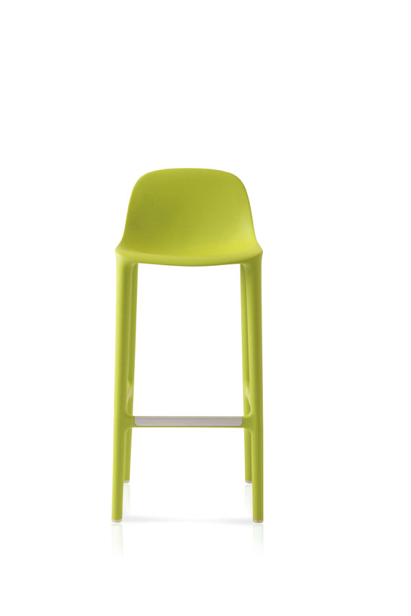 05.Emeco_Broom_Bar_Green