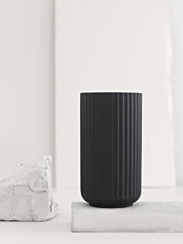 Lyngby vase black 2