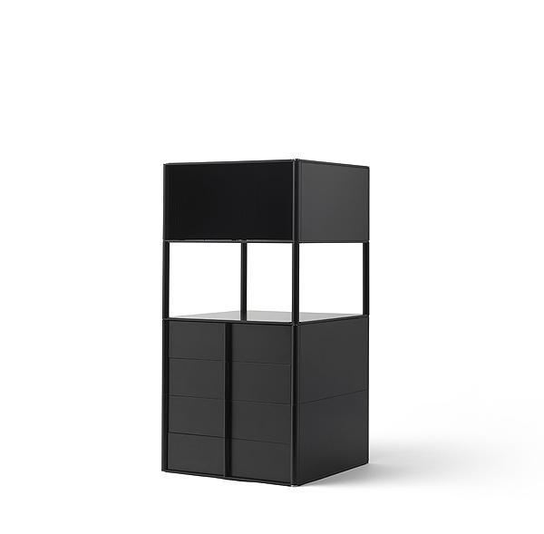 Square.black copy