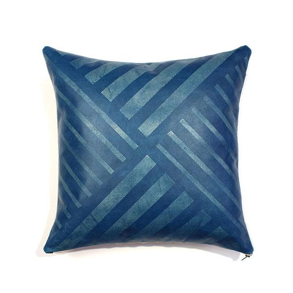AVO-Blue_Wax_pillow