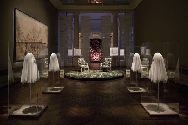 Duende pr d cor installations sc nographie fr d ric ruyant - Galerie nationale de la tapisserie beauvais ...